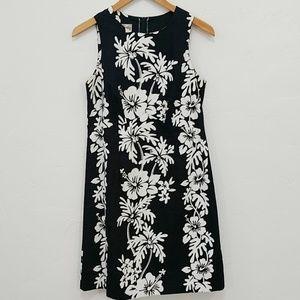 VTG HILO HATTIE BLACK & WHITE HAWAIIAN DRESS - 10